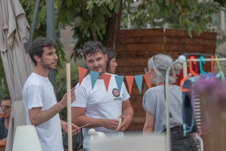 """Ciclofficina Pignone"" si presenta ad A/Mano Market e lancia un questionario ai cittadini"